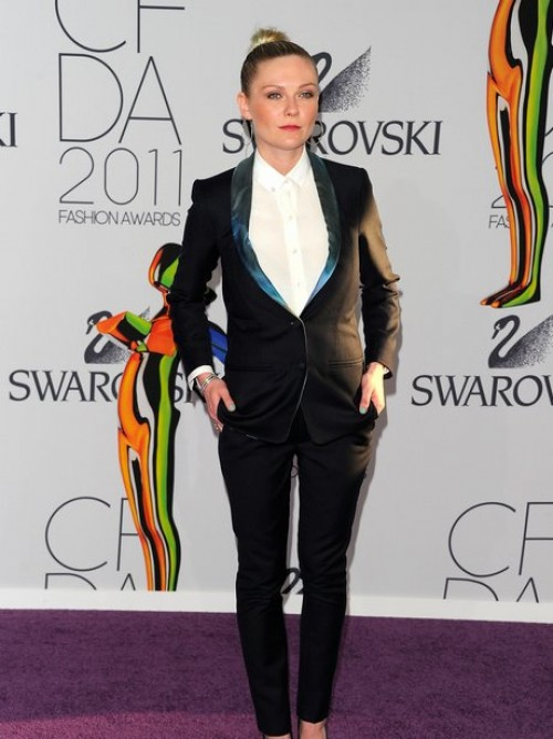 kirsten-dunst1-fashion awards