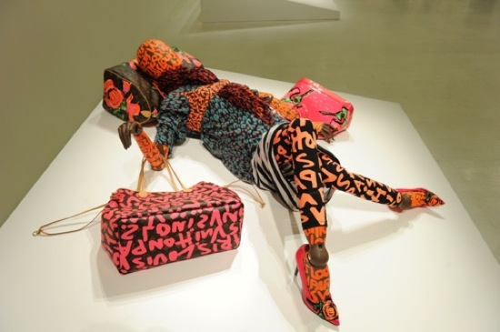 Louis Vuitton maniquies graffiti