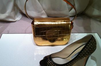 bolso dorado zapato santa eulalia