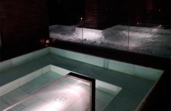 piscina-agua-salada-hidromasaje