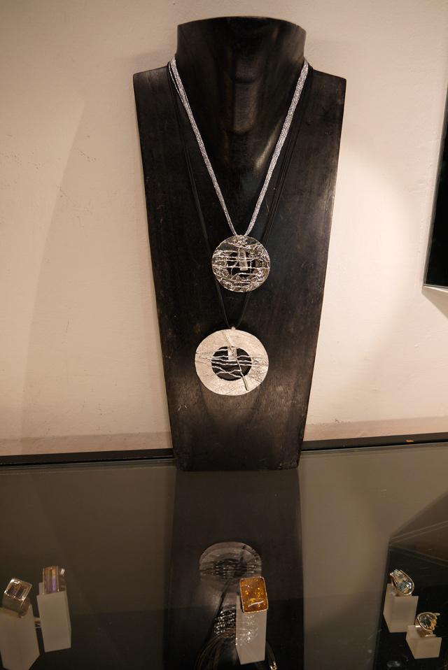 collar fili plaza joyas escultura