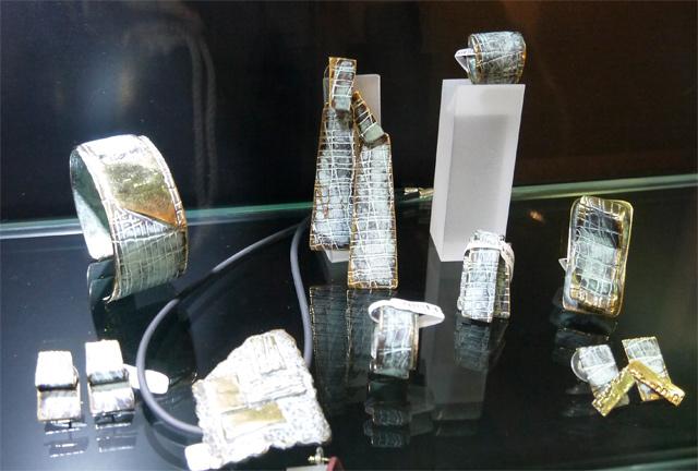 joya-escultura-fili-plaza
