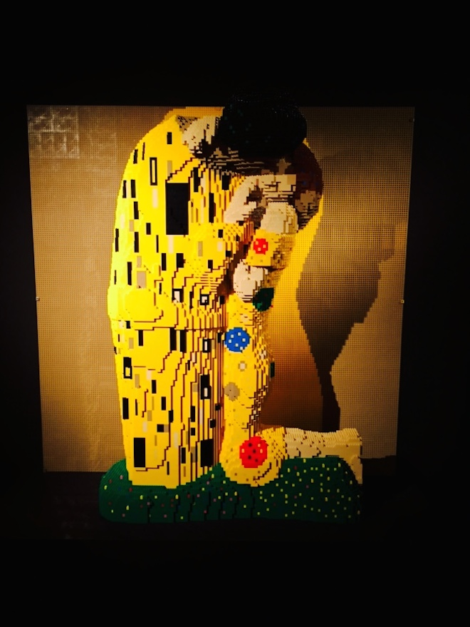 The Art of the brick 9