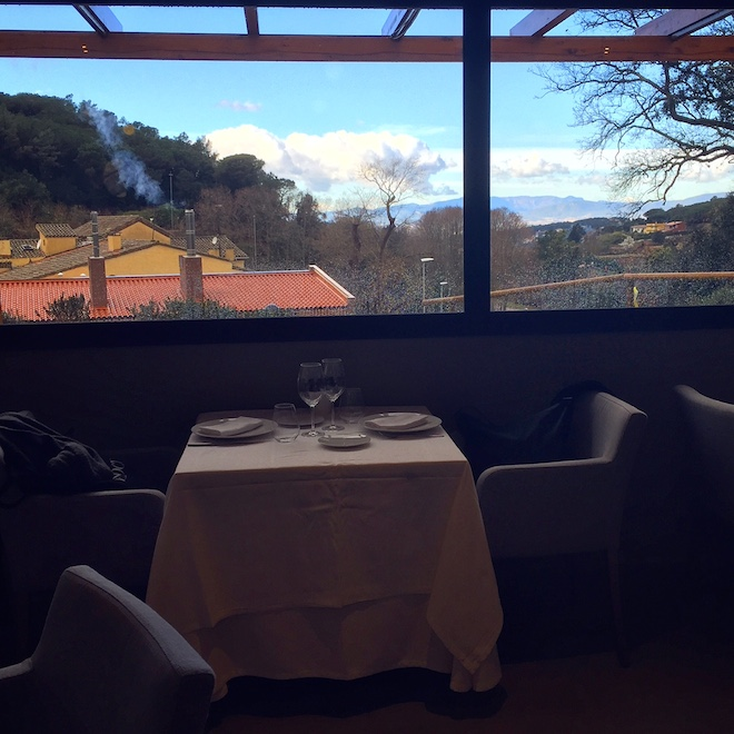 aire de vallromanes restaurante