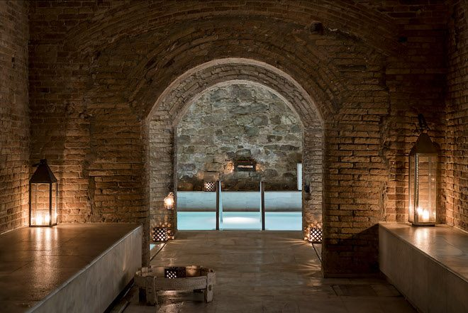 aire_barcelona-ancientbaths-born