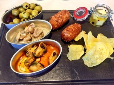 vermut cafe del mar barcelona