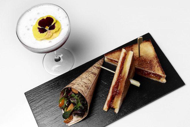Sándwich de sobrasada, miel y queso de Mahón - maridaje Fairy forest