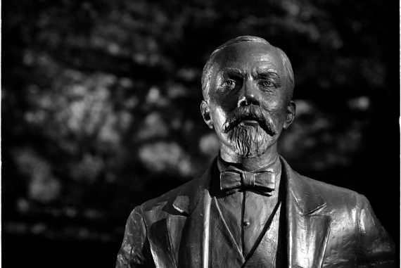 Jack Daniel's_ Estatua Mr Jack