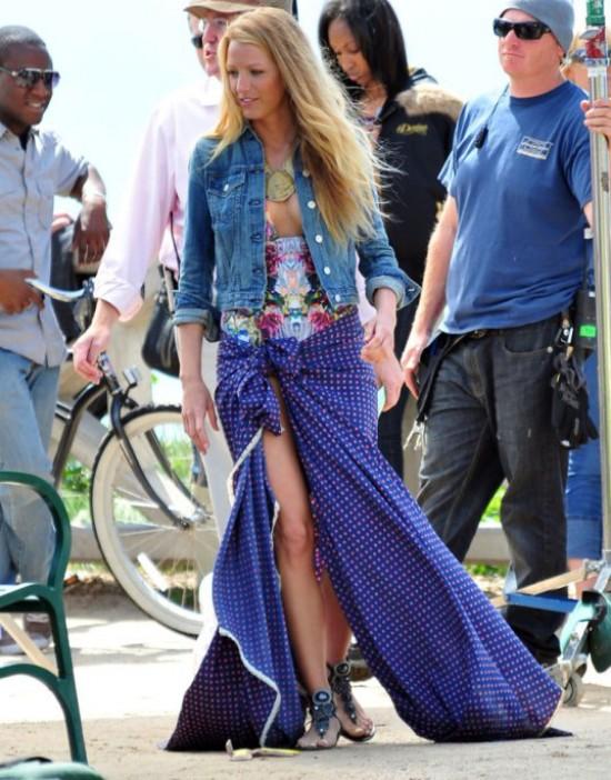 Look playero de Blake Lively en el set de Gossip Girl Season4
