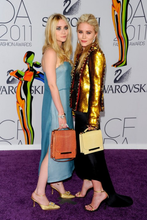 Ashley y Kate Olsen_olsen_Fashion_Awards_2011