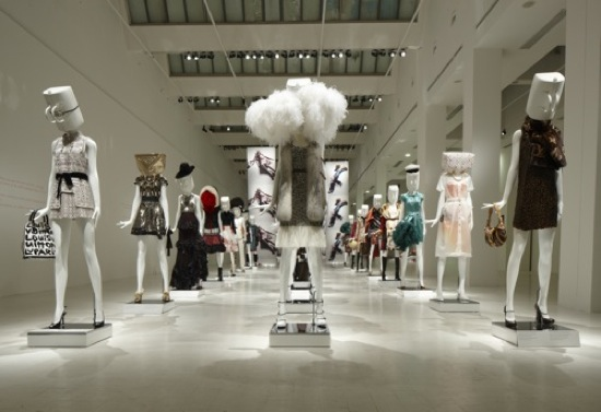 Louis Vuitton, The Art of Fashion