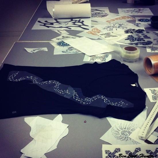 swarovski elements atelier camiseta
