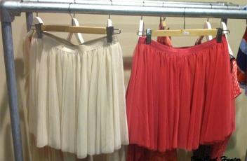 faldas-plisse bershka palo-rosa