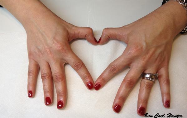 manicura-shellac esmalte rojo
