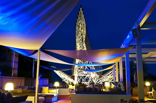 arola noche terraza hotel arts
