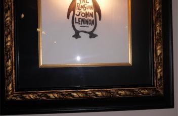 john lennon pinguino