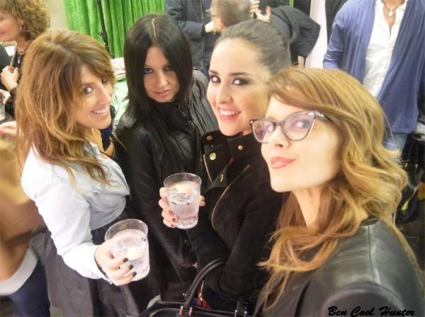 En Dirk Bikkemberg con Mireia de TheSingleList, Andrea de QueLlevas y Anna de AddictSmile