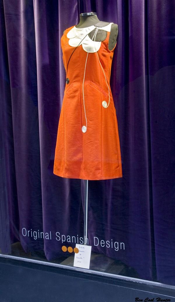 ojala escaparate vestido naranja