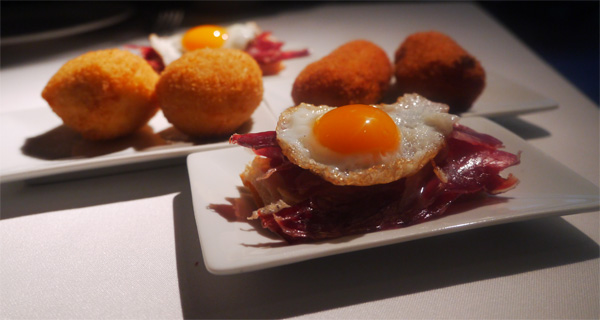 huevos croquetas jamon cachitos