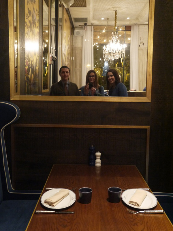 espejo mesa restaurante dafne anna enrique