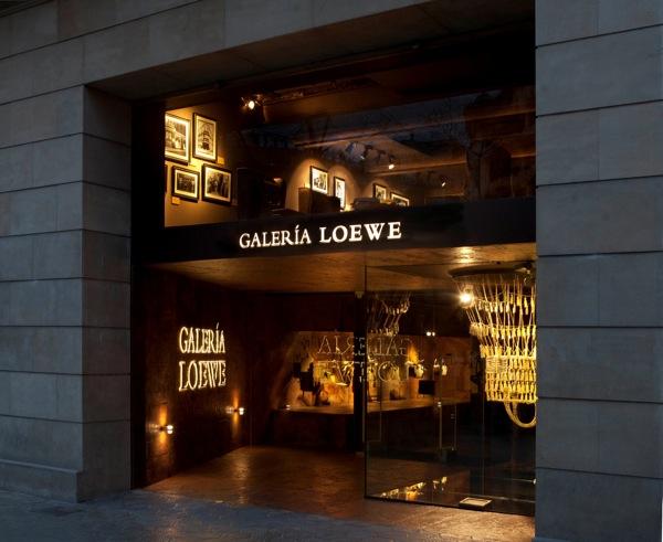 galería loewe barcelona librería pop up