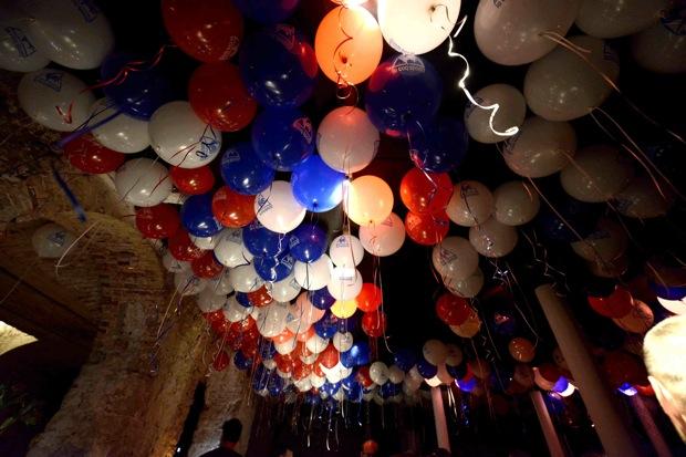 Lcs-Fiesta globos colores