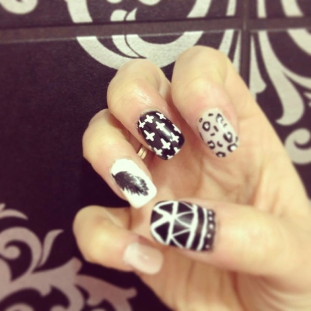 nail art estampado Ikat