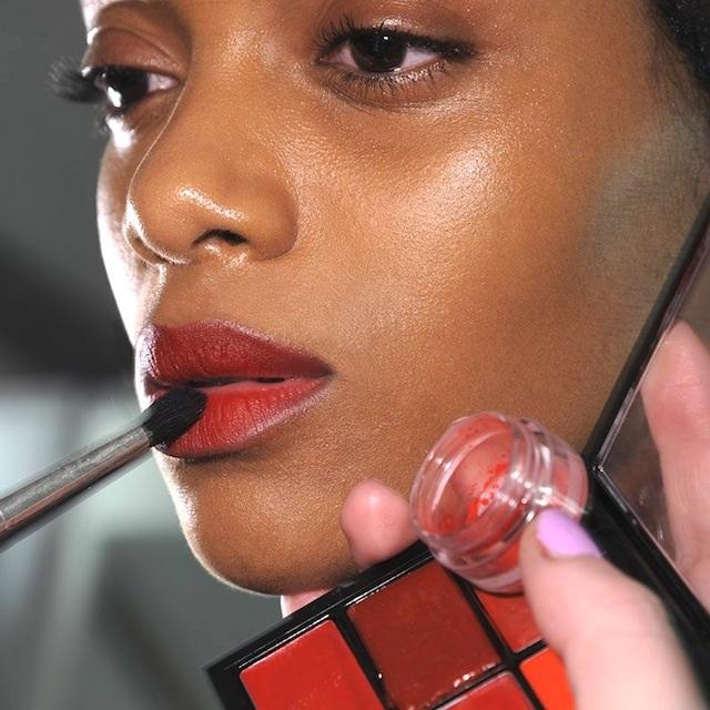 pintalabio rojo piel glow