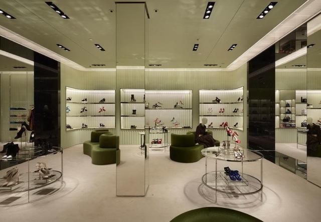 PRADA-Store-Barcelona