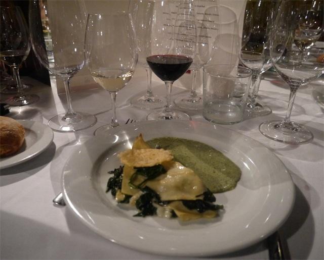 lasagne de espinacas fresca con Rioja 2009 Crianza