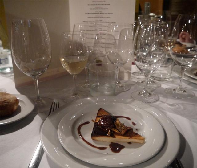 Tostadas surtidos setas con foie- D.O.C Rioja 2012