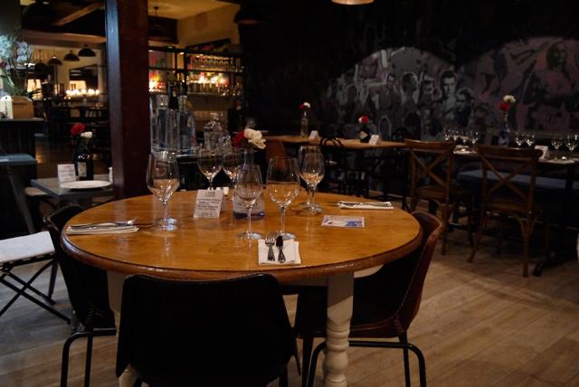 mesa-restaurante-barcelona