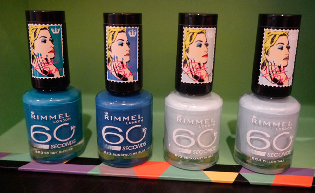 rita-ora-rimmel-esmaltes-azules