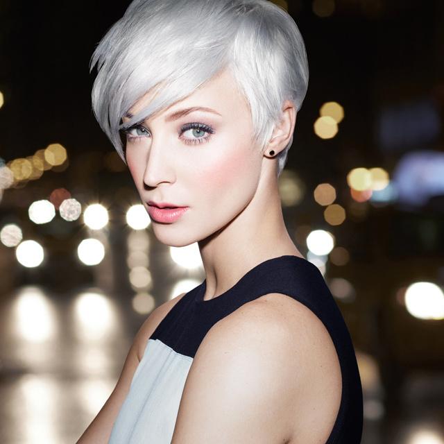 Danielle-blonde-idol redken