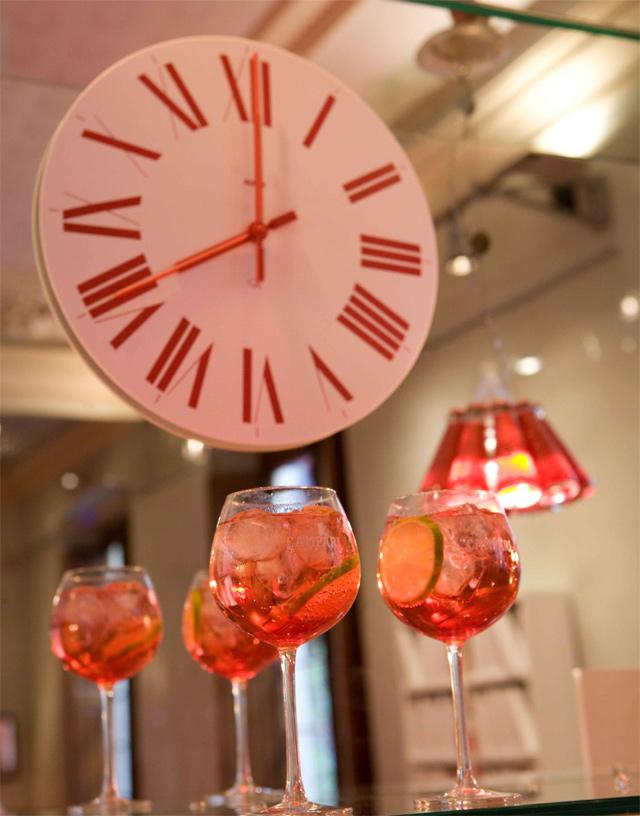 casa-campari-barcelona-firenze-wall-clock