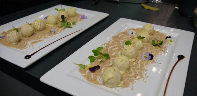 expeciencia gaggenau bombón de foie – micuit, chocolate blanco y lima