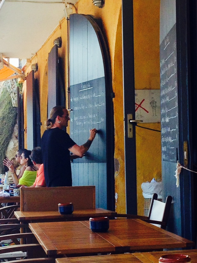 terraza restaurante tragamar