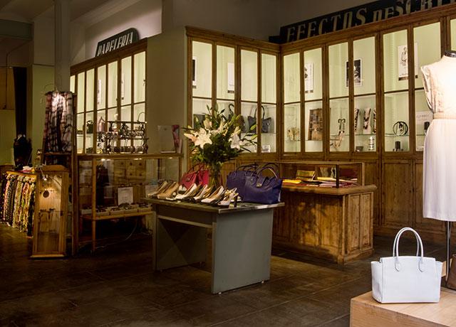 Moi-Store-barcelona tienda-antigua-papeleria