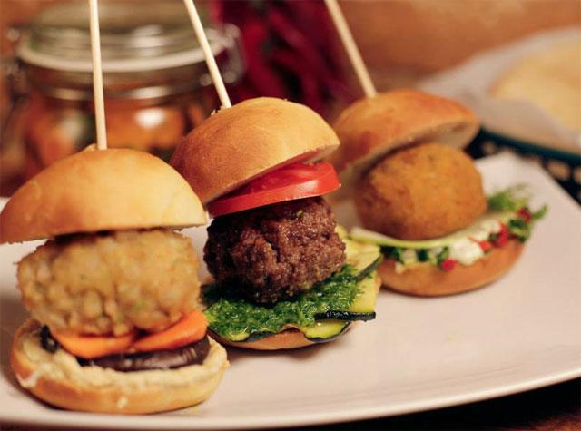 a-tu-bola-mini-burger-gourmet