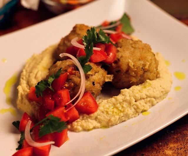 a-tu-bola-restaurante-street-food-raval-plato