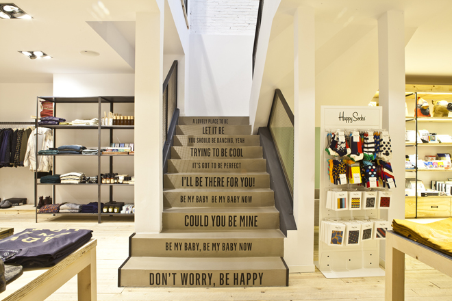 020-be-diagonal concept store