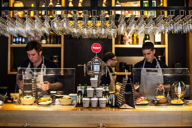 masqmenos-barra-bar-barcelona