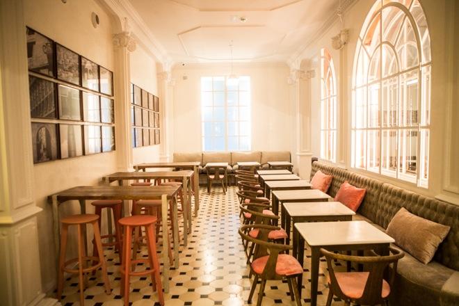 Lateral Barcelona restaurante