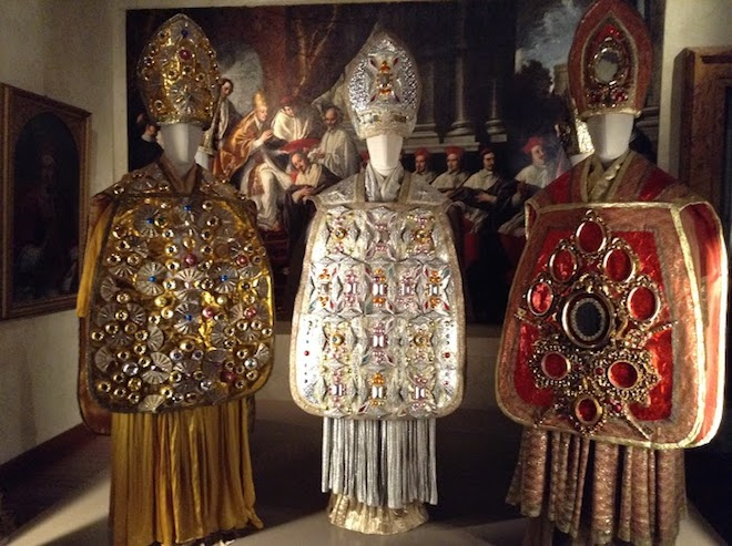 mostra abiti alta costura roma