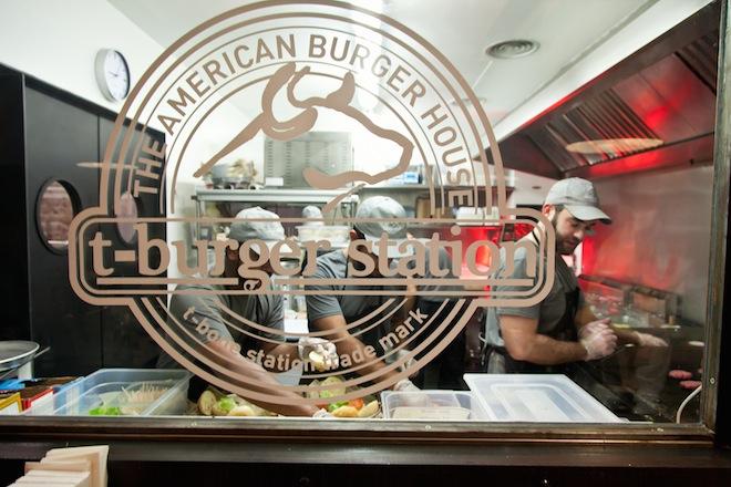tburger station cocina a vista