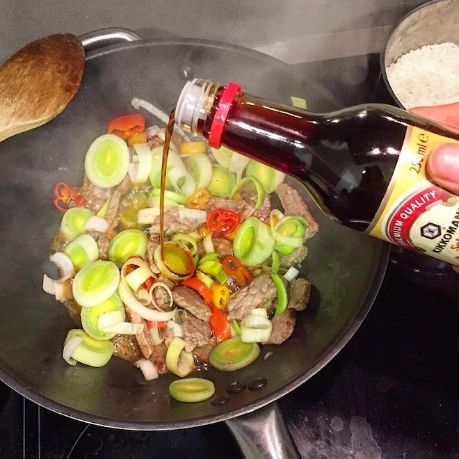 cocinando kikkoman