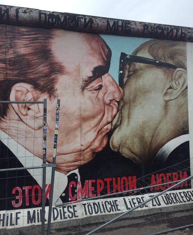 beso muro de berlin