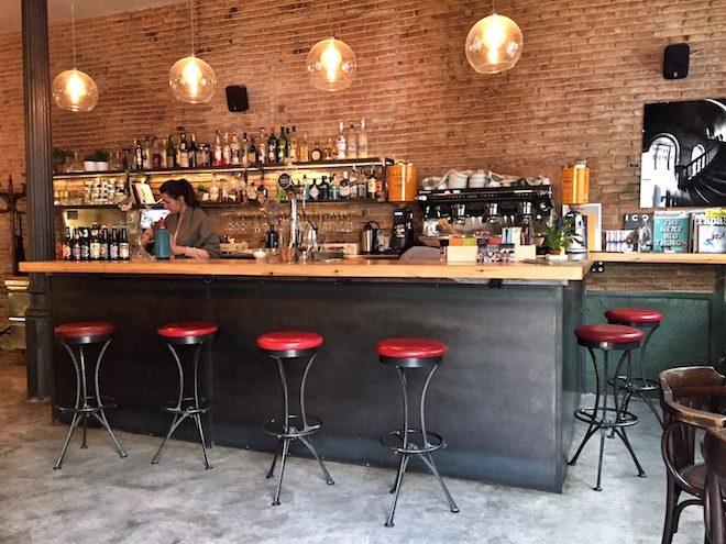 mercat cafe bar calle parlament