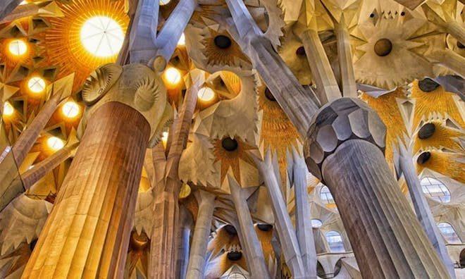 sagrada familia arquitectura