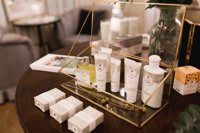 Apicia cosmetica natural cremas